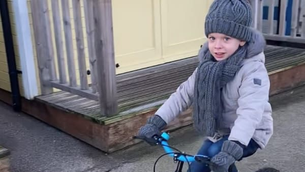Jake, 6, raises money for neonatal unit